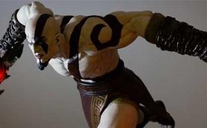 Figura Kratos de Gaming Heads