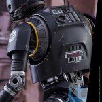 Foto con los detalles de la espalda de K-2SO de Hot Toys